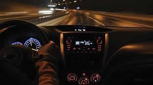 Kinh nghiệm lái xe vào ban đêm
